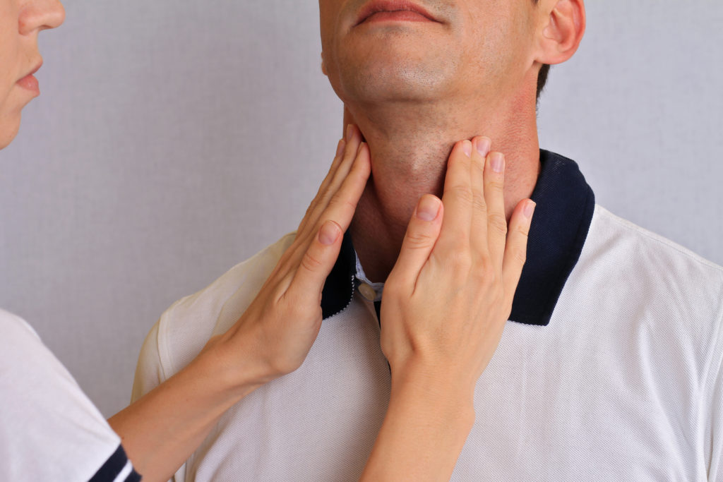 shutterstock_thyroid